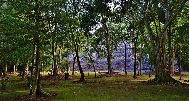MEXICO, Becán , archäologische Stätte und vormaliges Zentrum der Maya der präklassischen Periode, 19784/12712