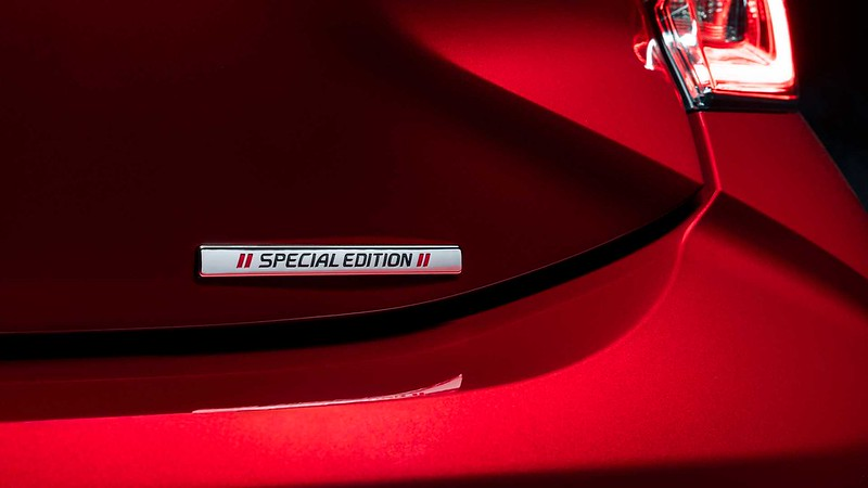 2021-toyota-corolla-hatchback-special-edition (2)