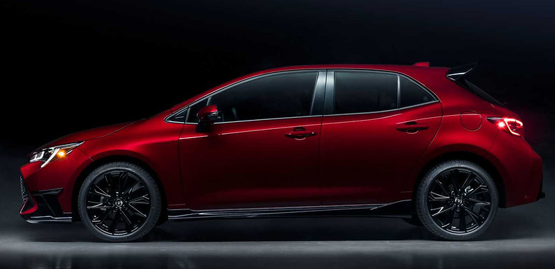 2021-toyota-corolla-hatchback-special-edition (1)