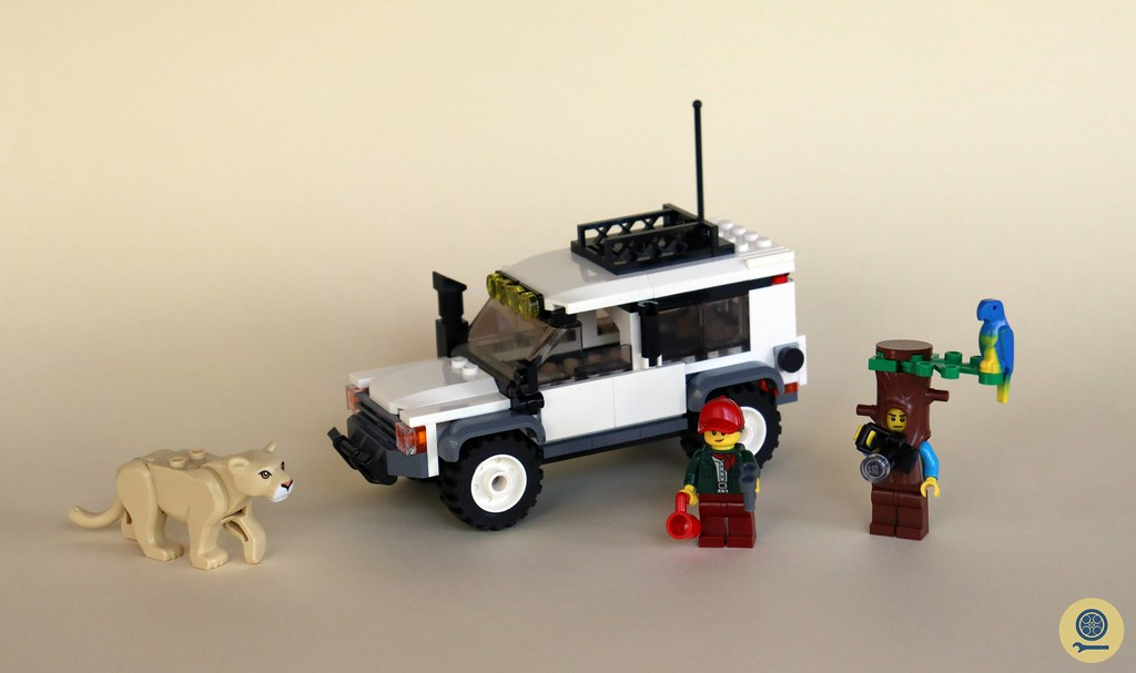60267 Safari Off-Roader 1