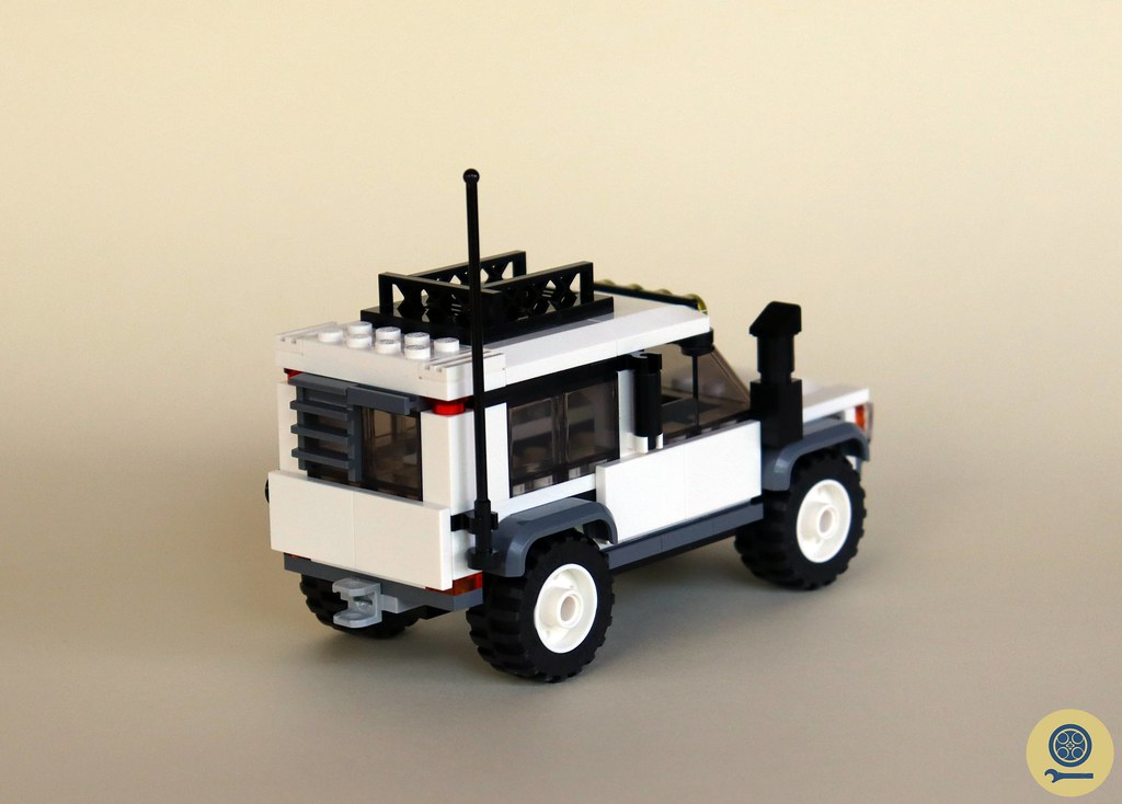 60267 Safari Off-Roader 3
