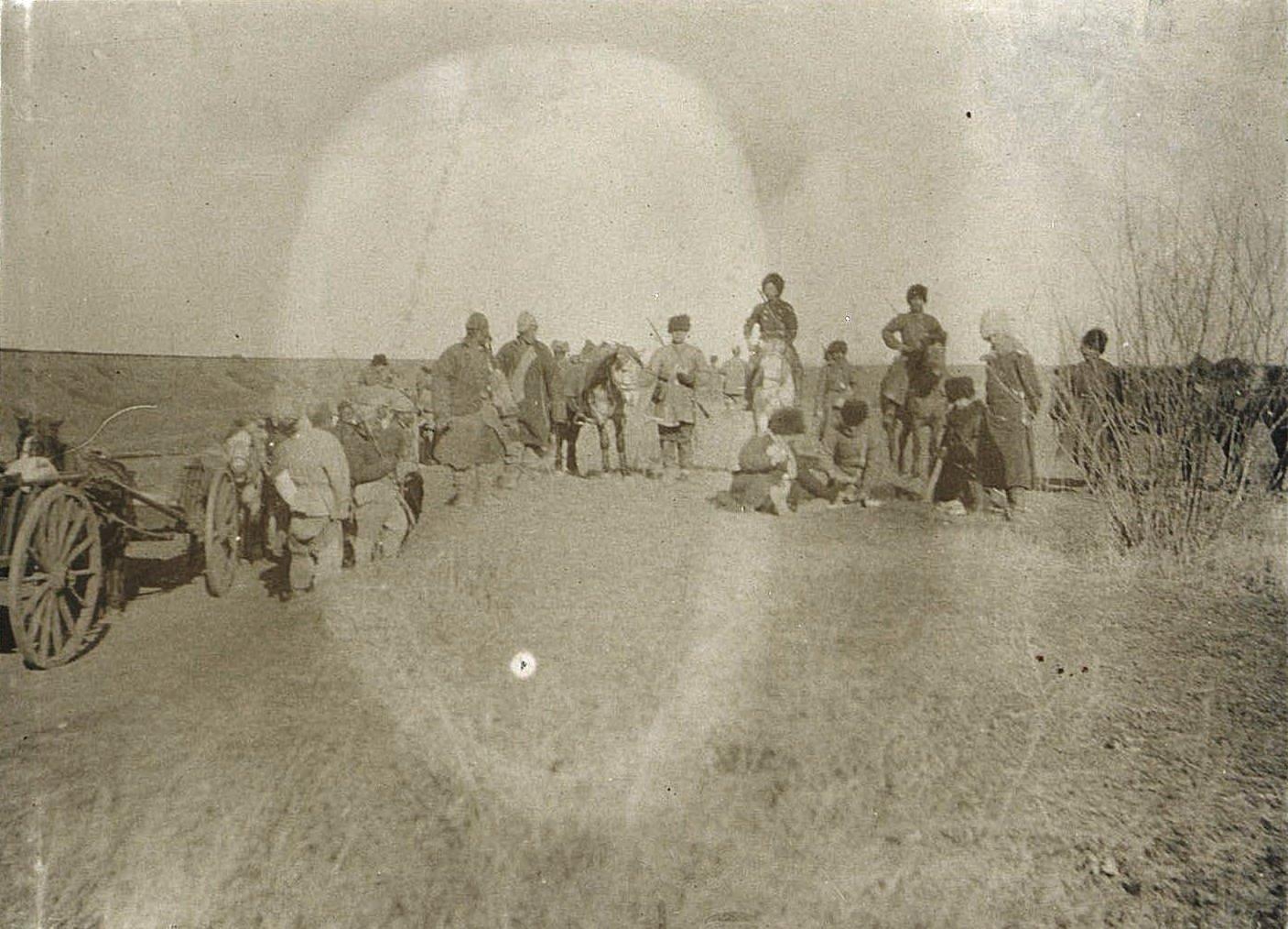 02. Краткая остановка в пути для отдыха. Завтрак в поле. Ноябрь 1900