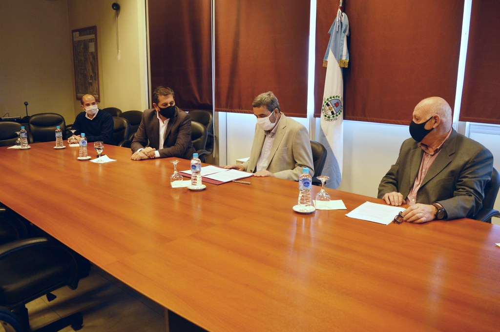 Minería y Desarrollo Humano firmaron convenio para incentivar la economía social