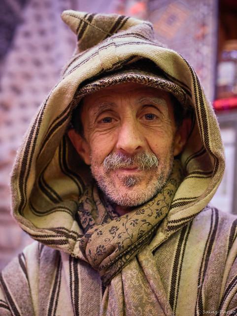 Abdulkamal, le marchand de tapis