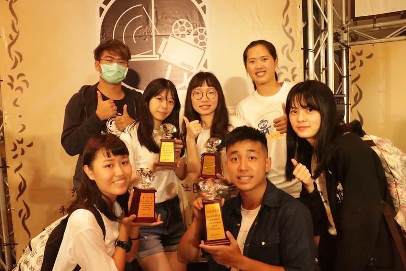 雲友會今晚獲頒四項獎項,是今年社團評鑑的最大贏家。