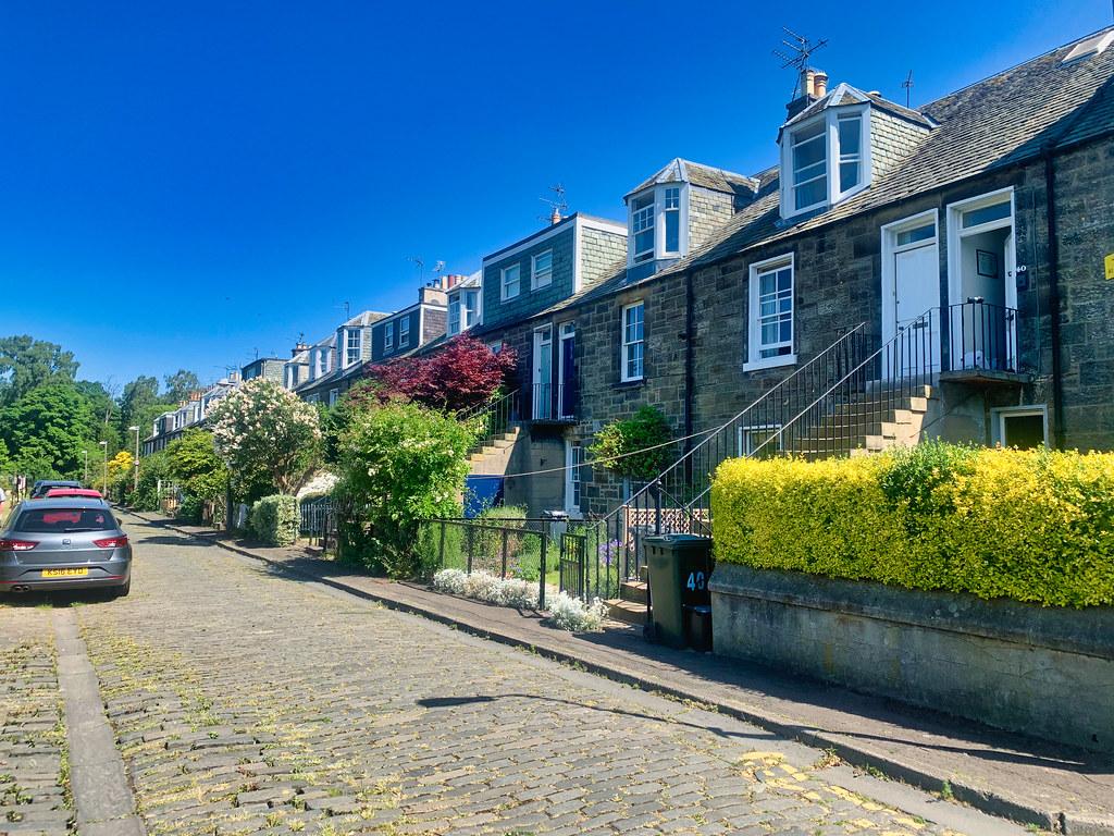 Reid Terrace, Edinburgh   A street names after Sir Hugh ...