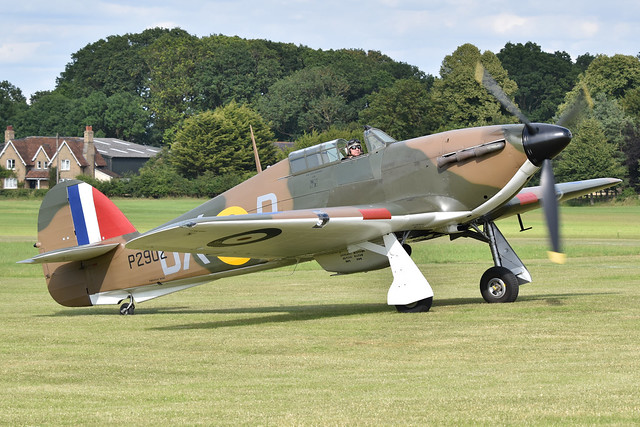 Hawker Hurricane I 'P2902 / DX-R' (G-ROBT)