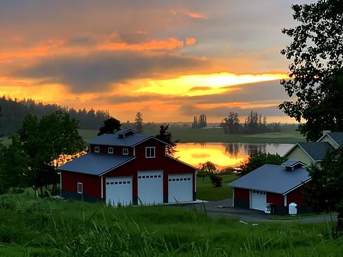 squalicumimages squalicum sunset reflection camera tony barn shed landscape