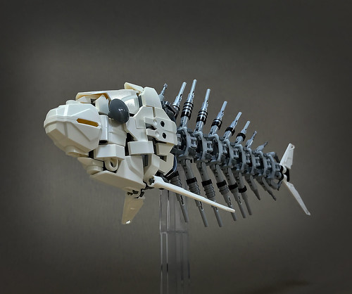 LEGO-Mecha-Skeleton-fish-03