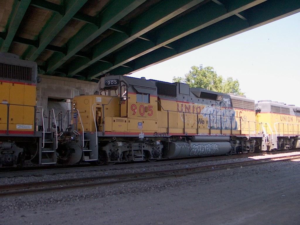 UP 905 Mitchell IL 8-07
