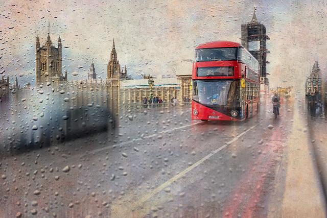 Big Ben a revêtu son habit de pluie !!!
