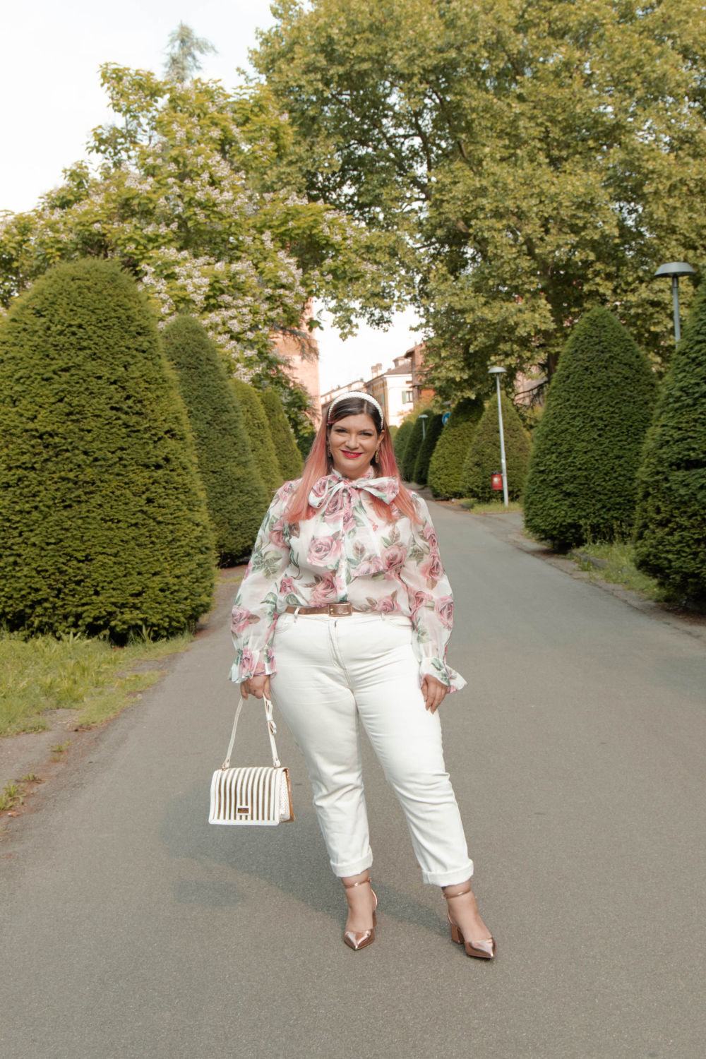 outfit curvy plus size come indossare il bianco (8)