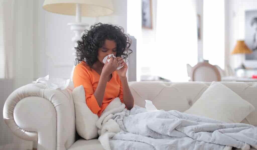 COVID-19-utiliser-approche-contre-la-grippe