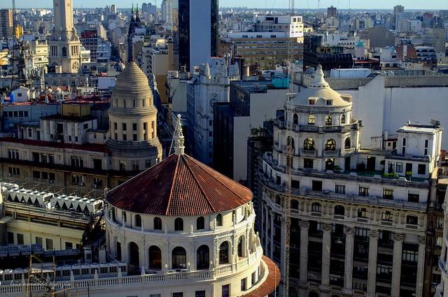 Cúpulas de Buenos Aires. Domes of Buenos Aires.