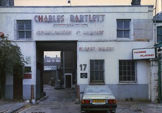 Works, Albert Wharf, New Wharf Rd, Pentonville, 1986 TQ3083-021