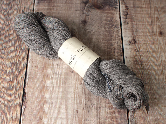 Destash yarn: BC Garn Sarah Tweed silk wool DK yarn 50g – Mid Grey