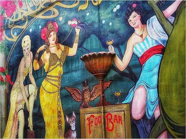 ladies of The Foo Bar