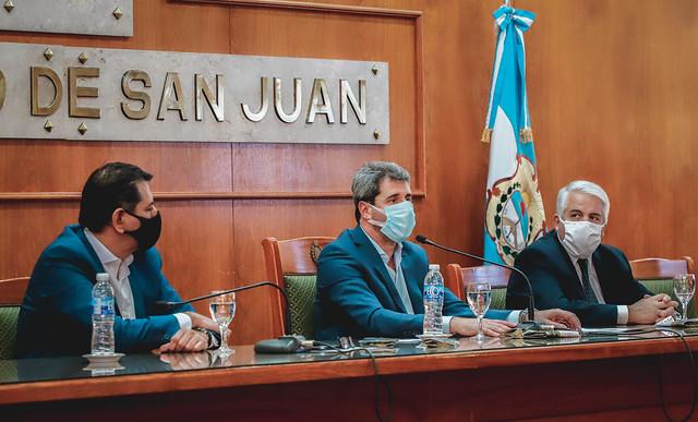 2020-06-03 PRENSA: Uñac encabezó la presentación del Programa Mi Huerta