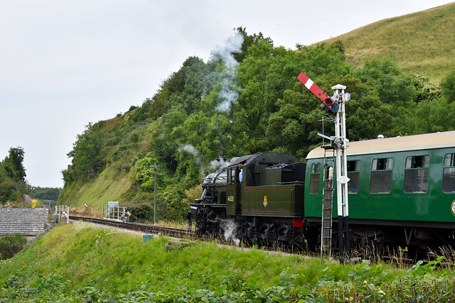 46521 gets away from Corfe Castle Station, August 2019