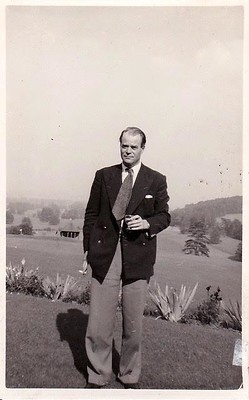 Tony in 1951 at Temple Golf Club.