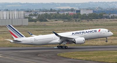 Photo by A380_TLS_A350
