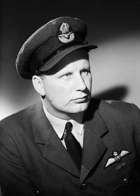 "Wing Commander Roderick ""Babe"" Learoyd VC."