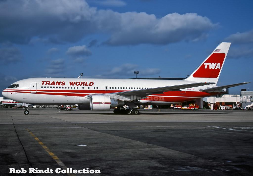 TWA B767-231 N607TW