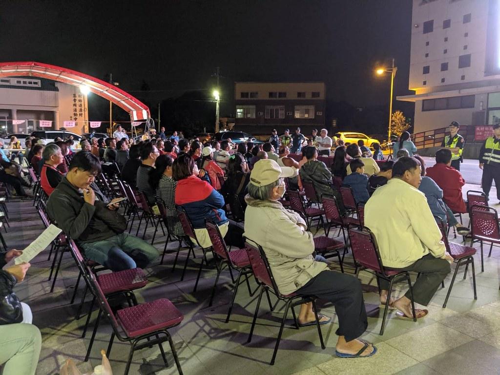 大村鄉公所在大村火站前招開的說明會(圖片提供:彰化環境保護聯盟)