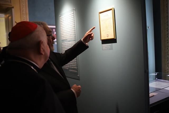 """Wernisaż wystawy """"Pasterz"""" w Muzeum Archidiecezjalnym kard. Karola Wojtyły - 4.06.2020 r."""