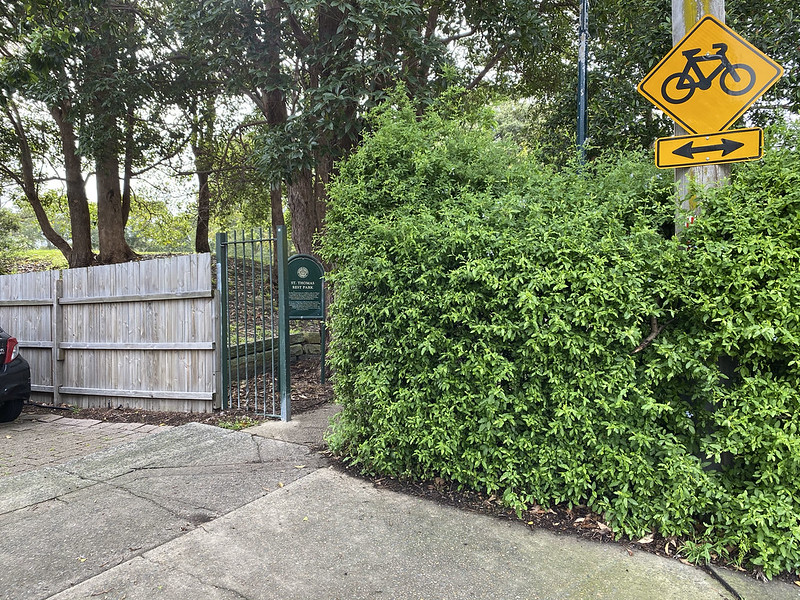 Entry to St Thomas Rest Park