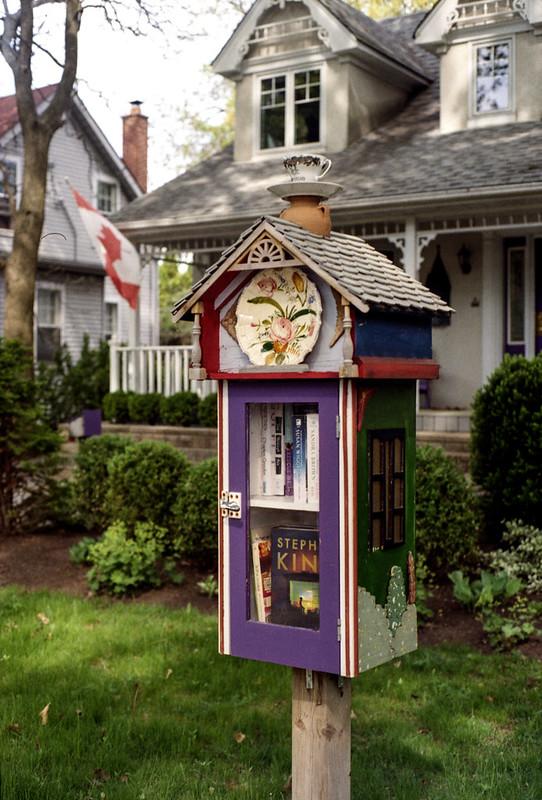 Little Neighburhood Library_