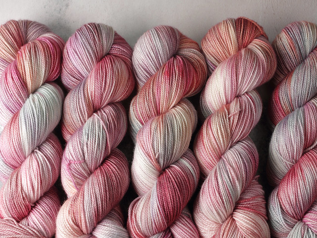 Favourite Sock – hand-dyed superwash merino wool yarn 4 ply/fingering 100g – 'Summer Mist'
