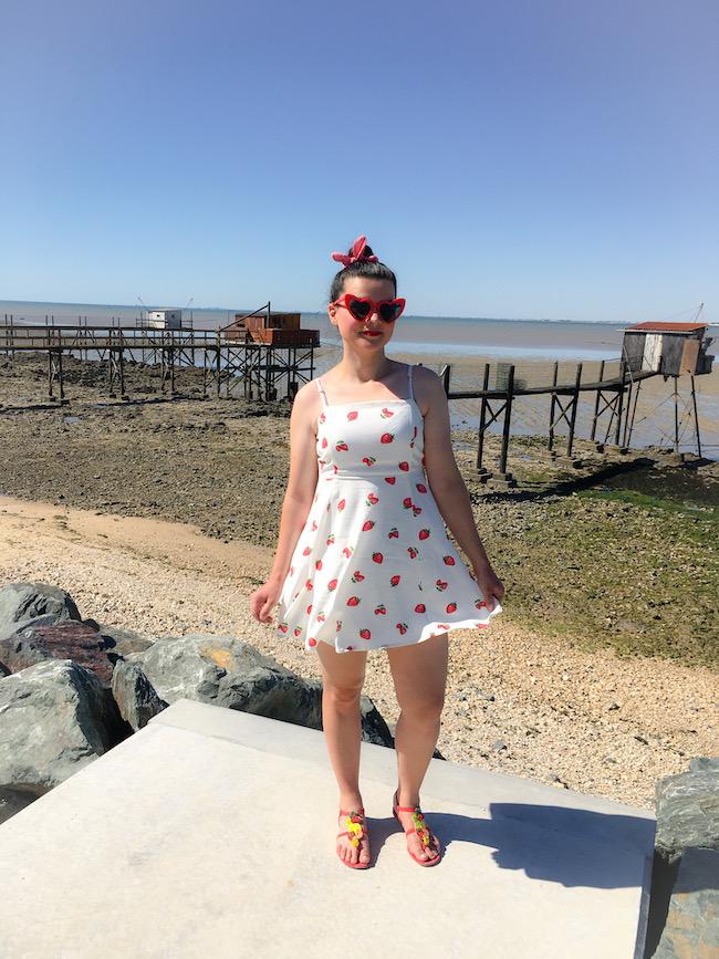look-robe-blanche-a-fraises-ballerines-rouges-blog-mode-la-rochelle-3