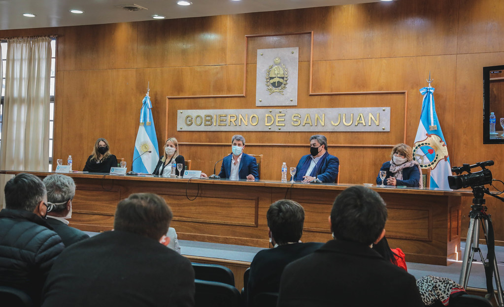 2020-06-04 PRENSA: Uñac y Moroni encabezaron la Mesa por el trabajo y el empleo