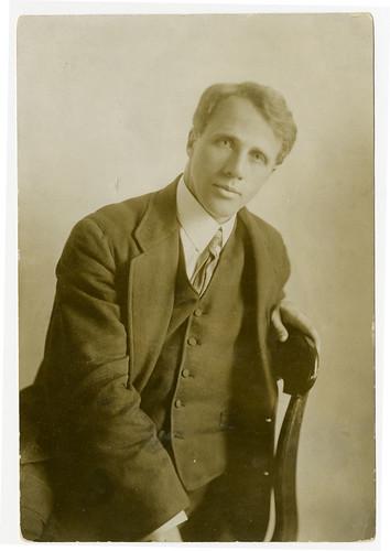 1916 Robert Frost