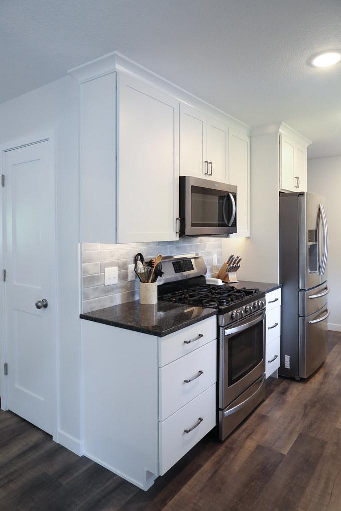Benson Kitchen-101