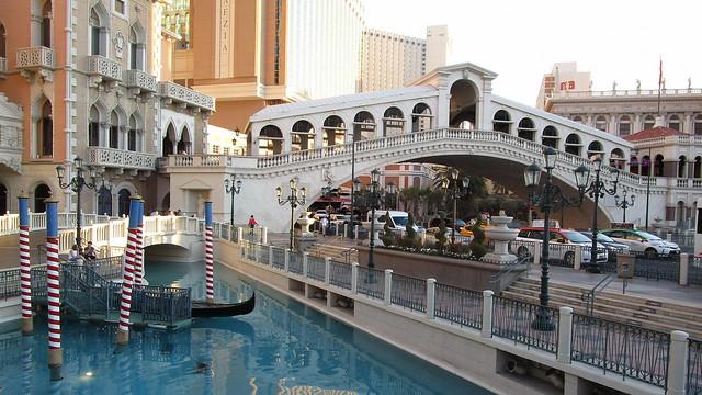 Nevada - Las Vegas: The VENETIAN -  Rialto Bridge replica