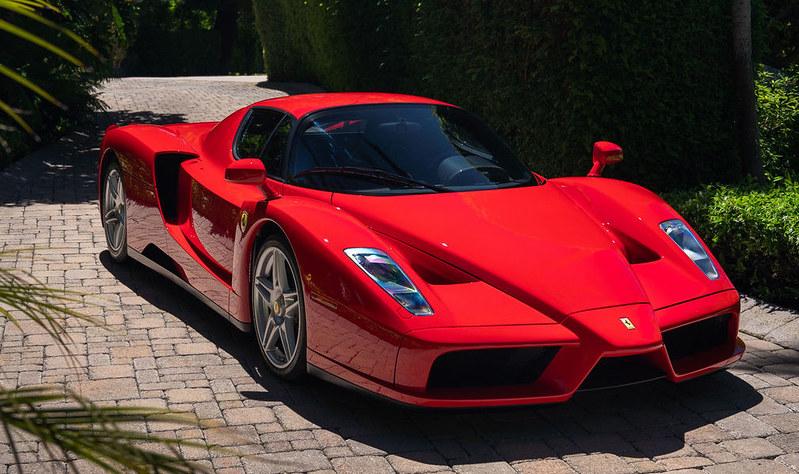 Ferrari-Enzo-7