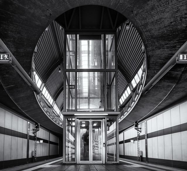↨ Elevator ↨