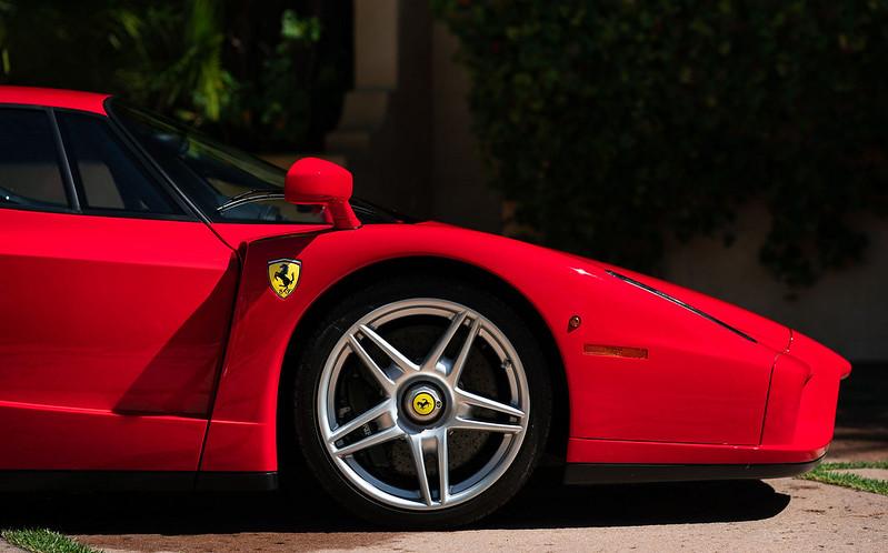 Ferrari-Enzo-20