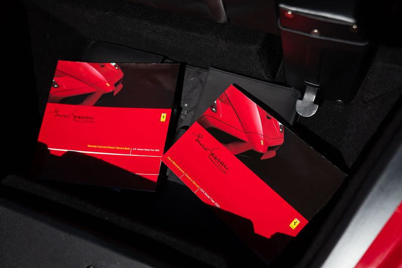 Ferrari-Enzo-41