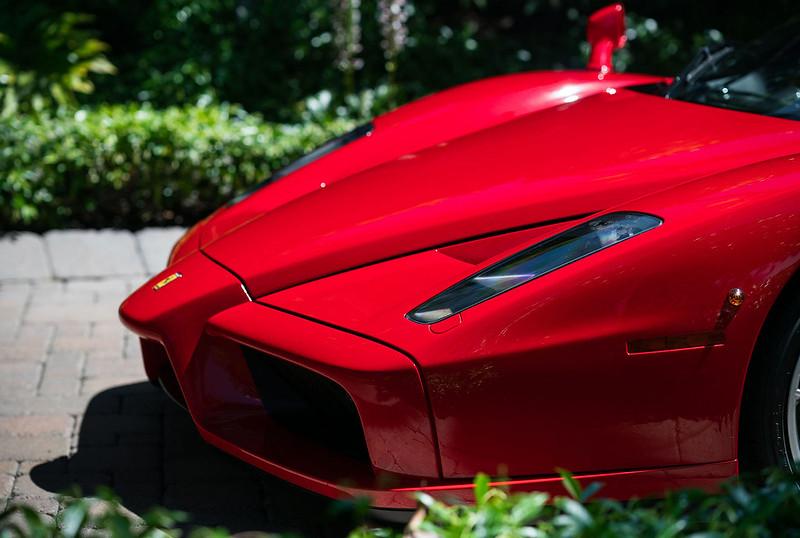 Ferrari-Enzo-12