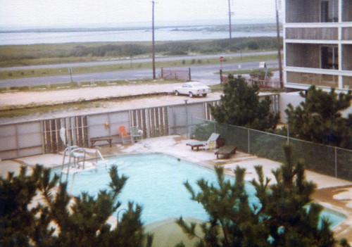 1977.08.beach9