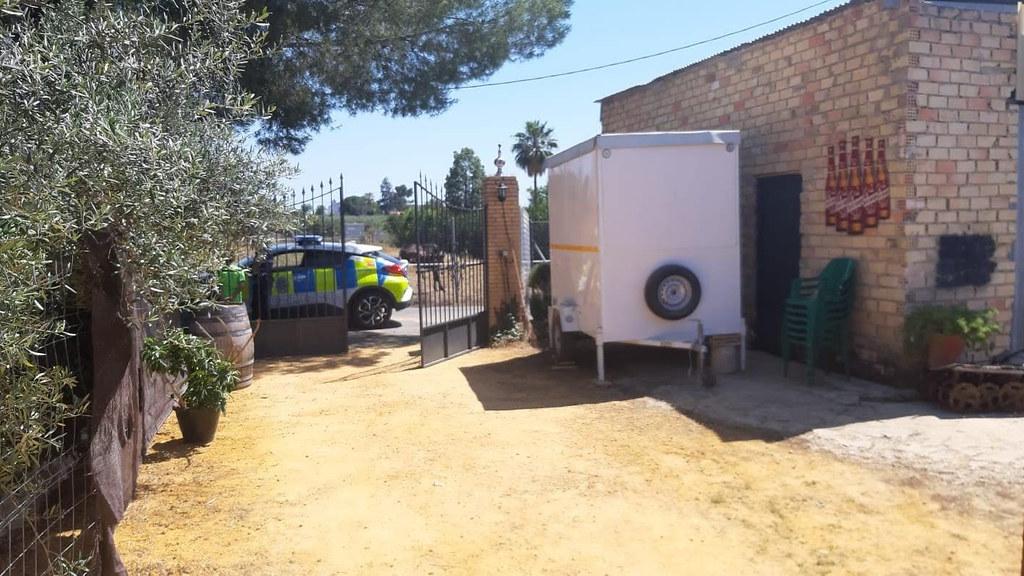 La Policía Local de Arahal cierra tres bares en fase 1