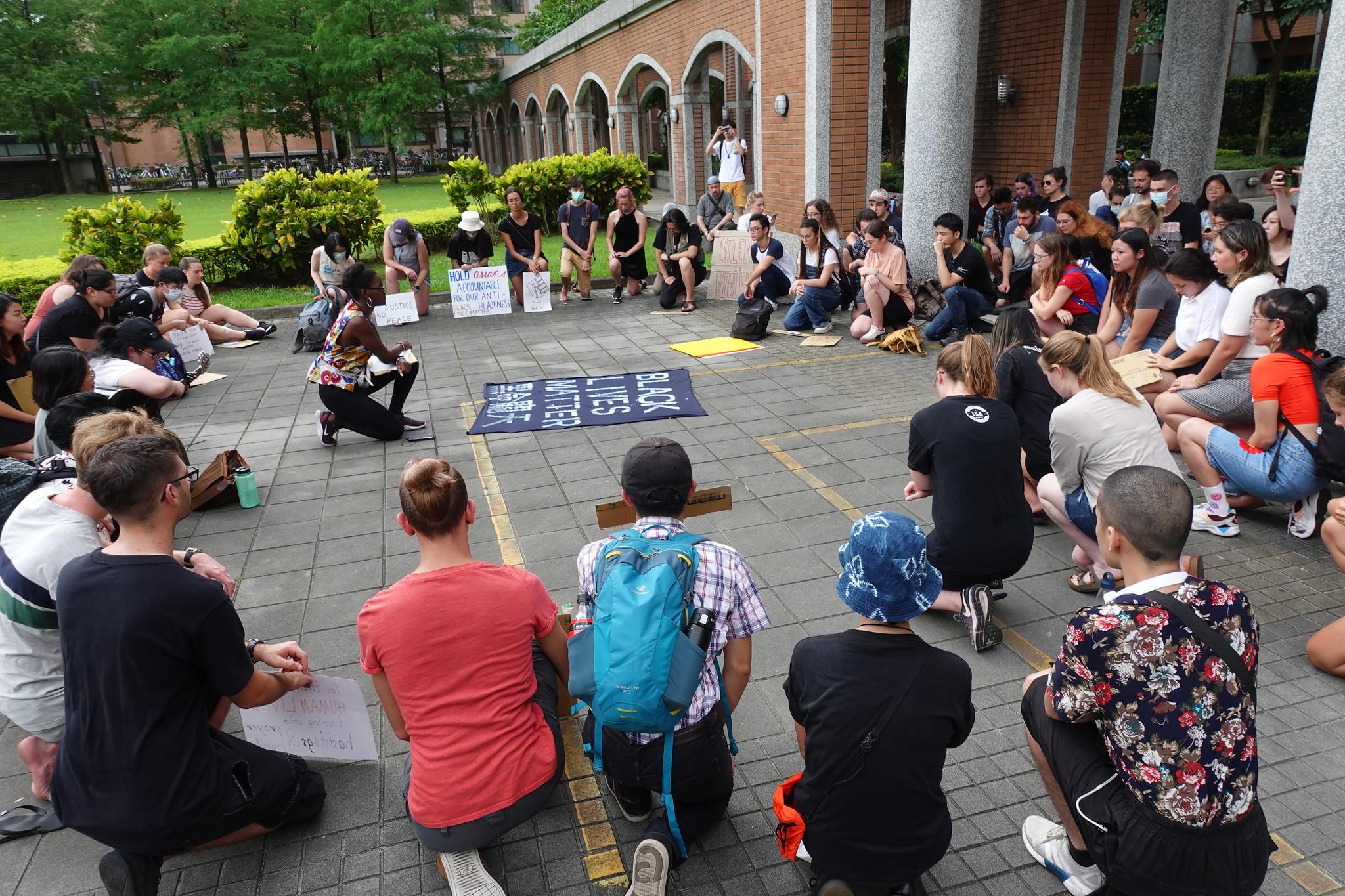「黑命關天」示威在台北。(攝影:張智琦)