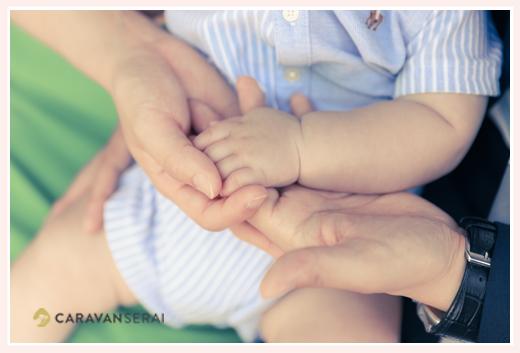 親子3人の手 赤ちゃん