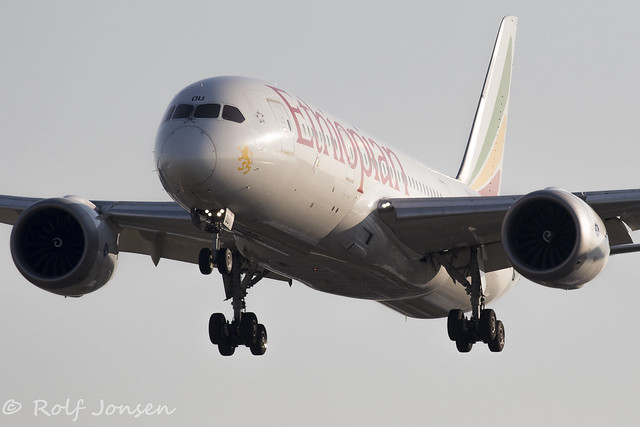 ET-AOU Boeing 787-8  Ethiopian Airlines Toronto Pearson Airport CYYZ 24.08-18