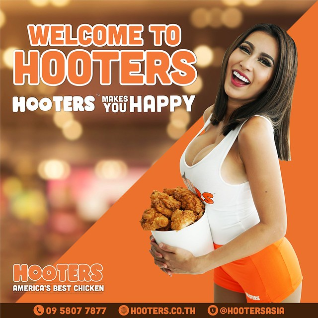 hooters back