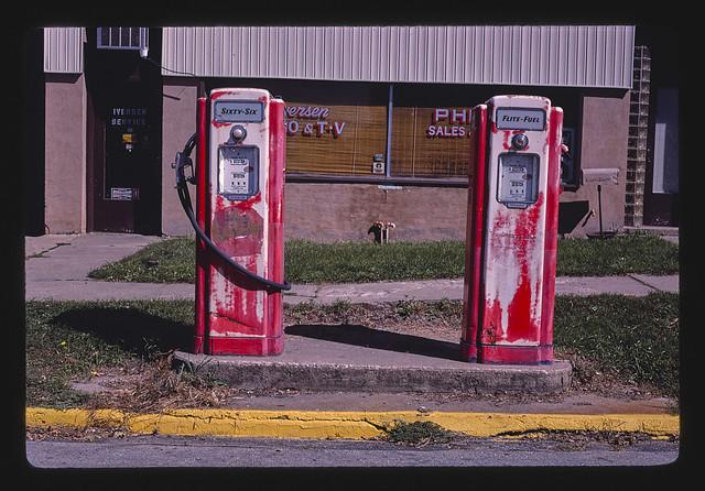 Two Phillips 66 gas pumps, Ida Grove, Iowa (LOC)
