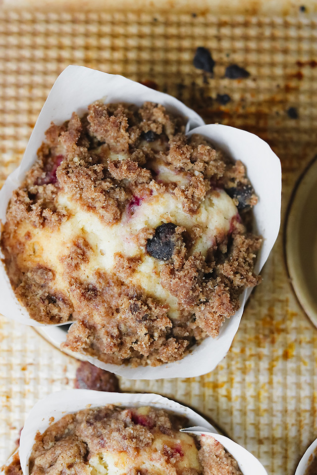 Raspberry and Star Anise Crumble Muffins